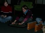 das fremde Instrument greift ein die Schlagzeuggruppe ein