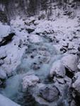Sjoa beim Wasserfall
