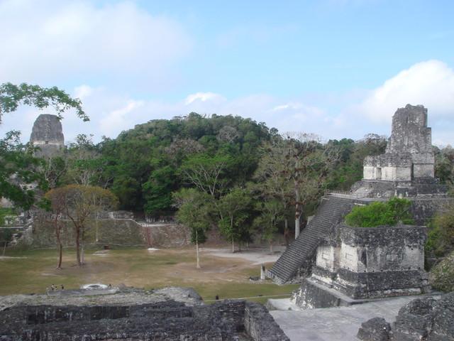 Tikal Akropolis