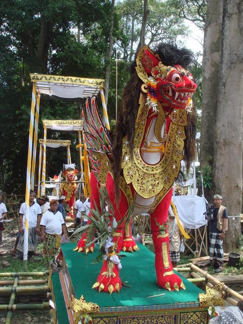 Ubud Ngaben Verbrennungszeremonie
