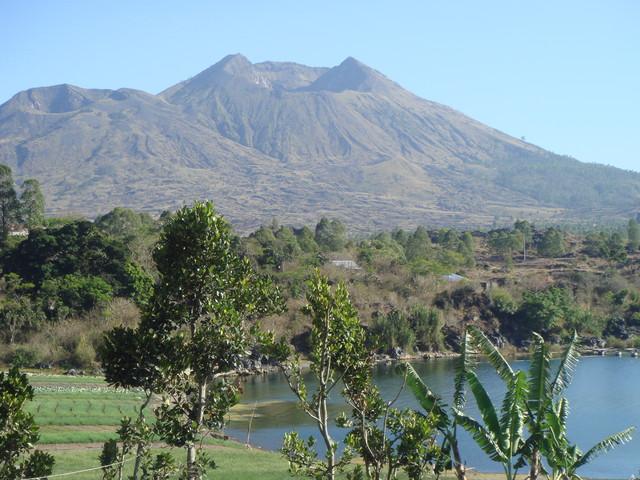 Gunun Batur und Batursee