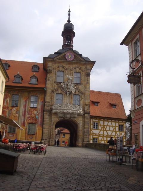 Torbogen im alten Rathaus