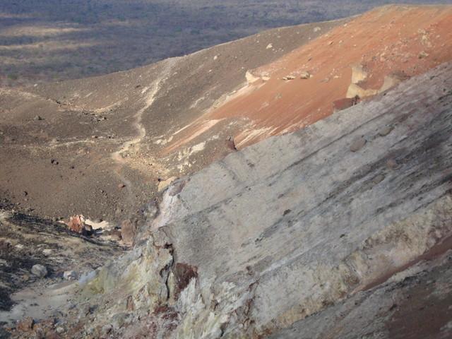 Blick in den Krater des Cerro Negro