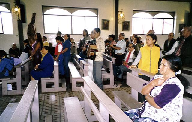 in der Kirche von Hanga Roa