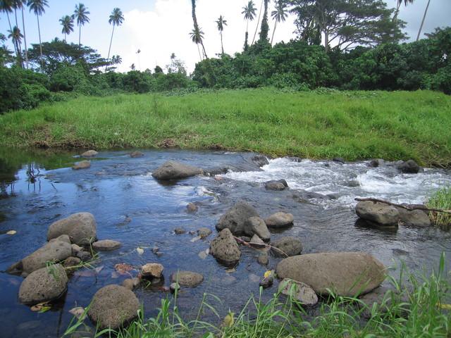 Fluss auf dem Weg nach Pulemilei