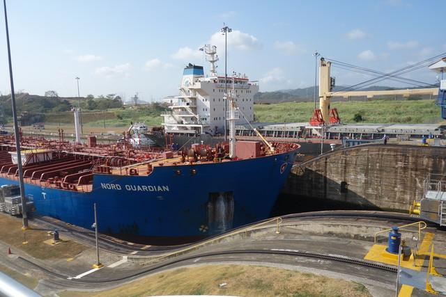 Panamakanal Schleuseneinfahrt