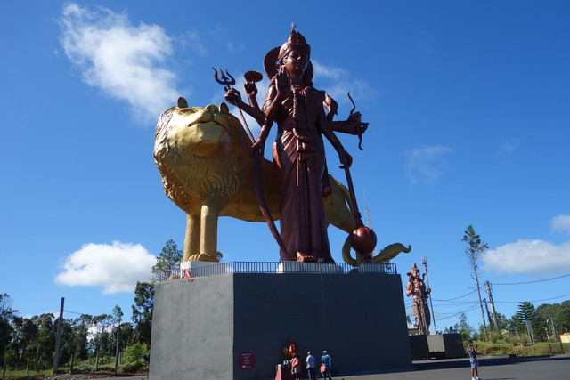 Shiva an der Eingangsstraße zum Grand Basin