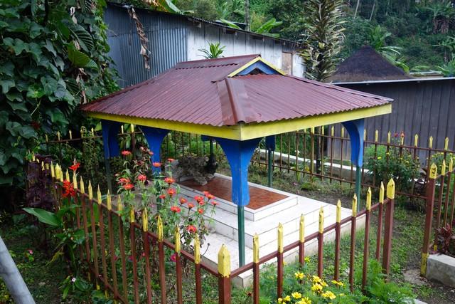 Grab des Dorfgründers