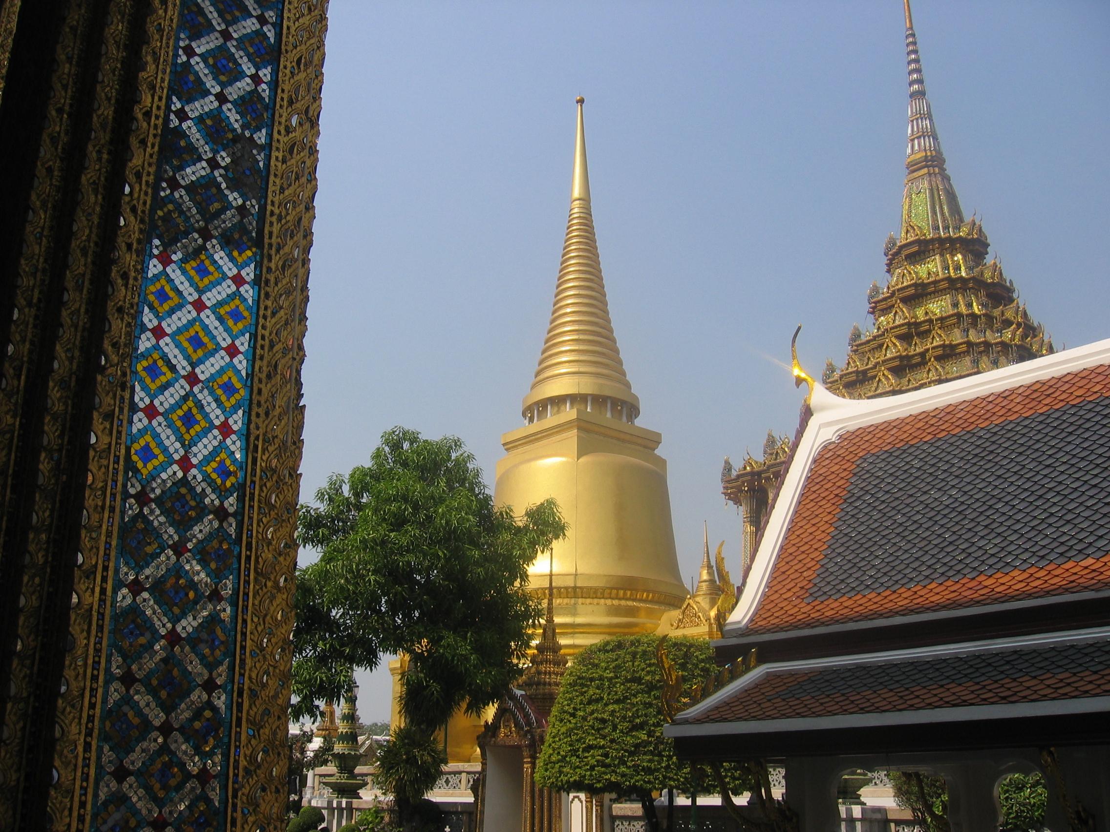T BK Wat phra Keo 2