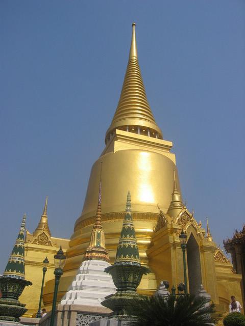 T BK Wat phra keo